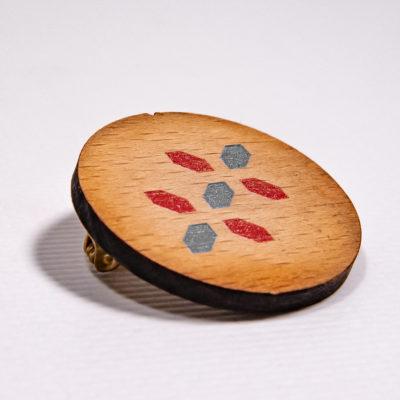 Pins en bois 3